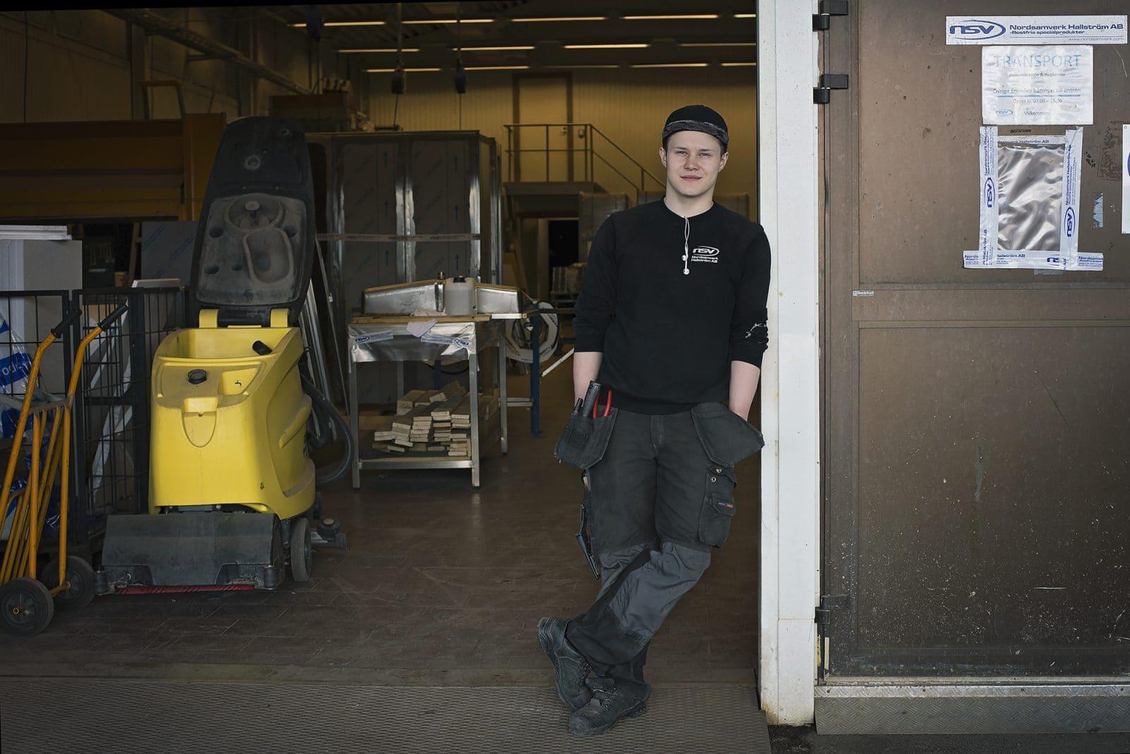Lärlingen Sebastian får fast jobb på Nordsamverk efter avslutad praktik